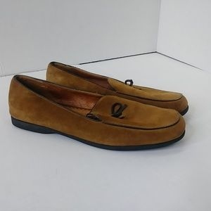 Lands End Women's Size 9.5 B Leather Loafers Slip